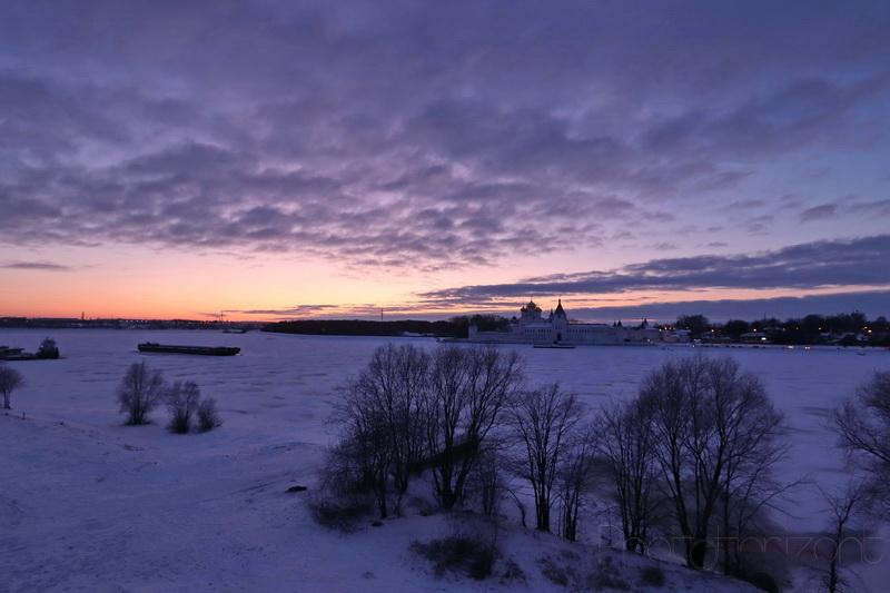 Закат над Ипатьевским монастырем